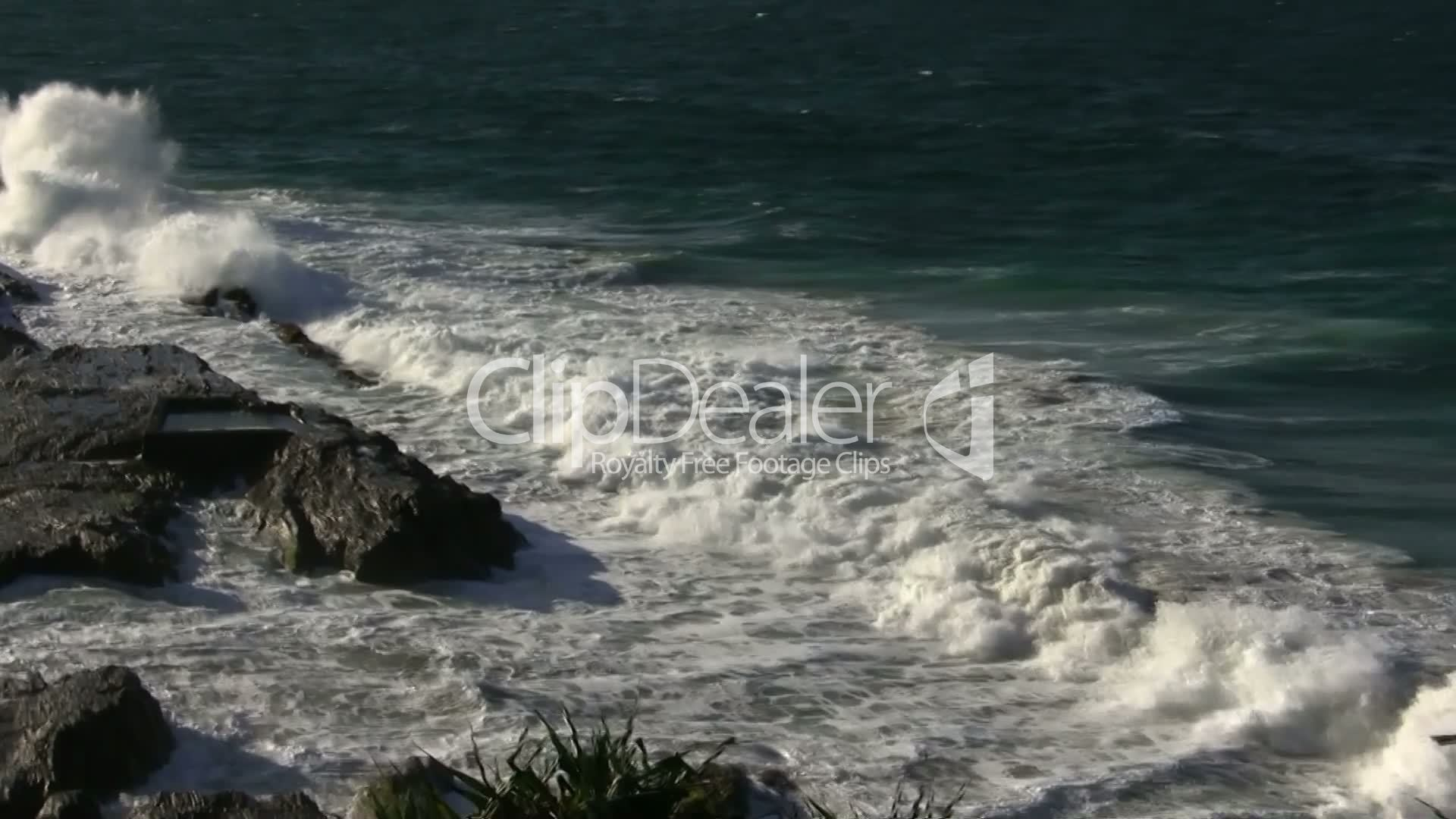 """coastal management byron bay Byron shire coastline with relevance to: 1 large coastal storm events and  associated coastal erosion 2 planning controls - """"planned retreat"""" strategy and  legal."""