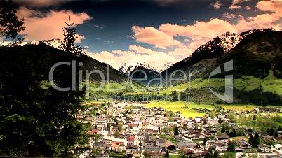 Dorf in den Bergen, Mittersill