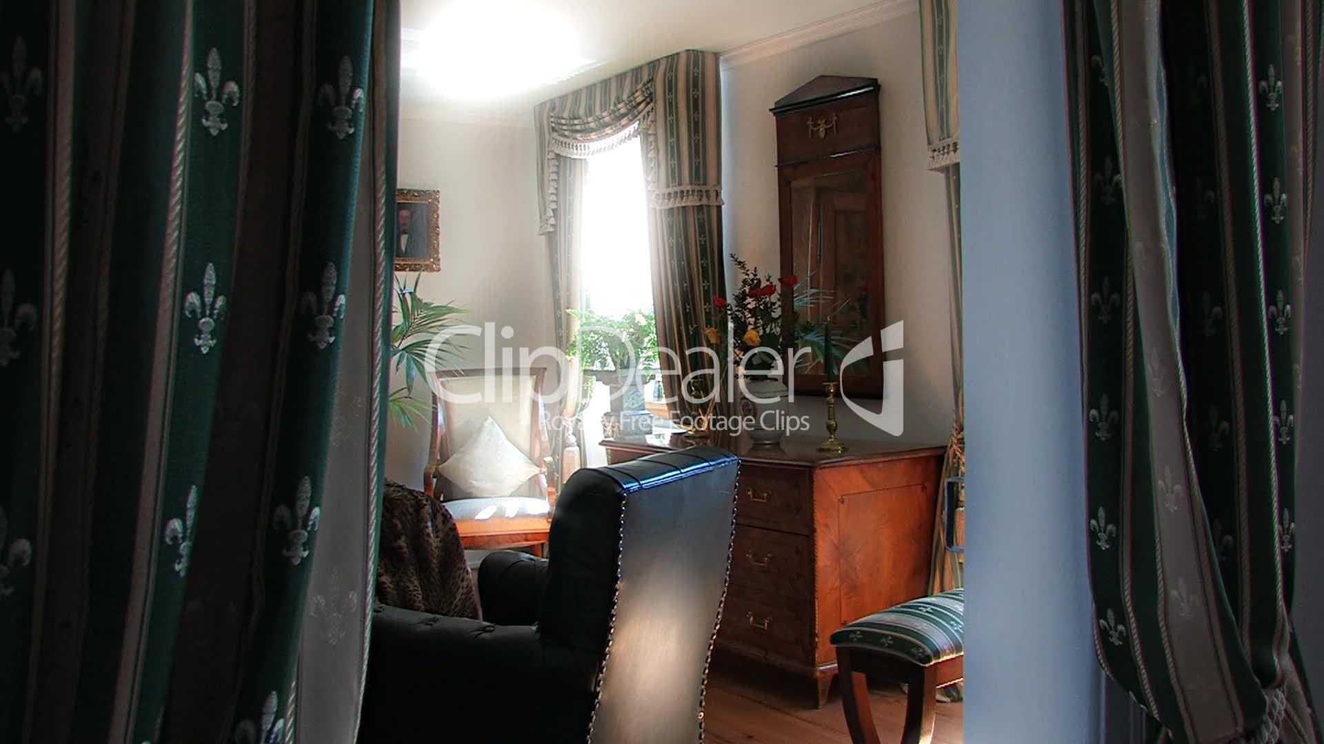 Wohnzimmer im biedermeier lizenzfreie stock videos und clips - Biedermeier wohnzimmer ...