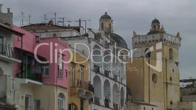 Häuser am Meer in Ischia