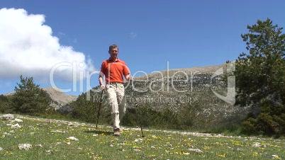 Bergwanderer an einem sonnigen Tag