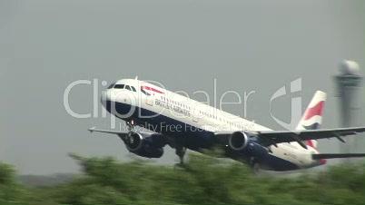 HD1080i Start eines Flugzeugs der Fluglinie British Airways