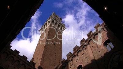 Siena, Toskana, Torre del Mangia (Zeitraffer)