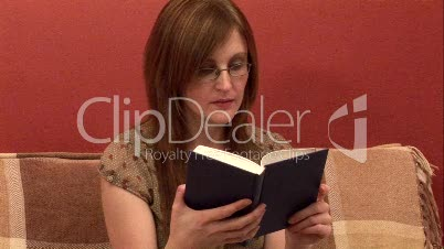 Reading / Woman