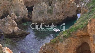 Bucht aus Steinen -  Küste der Algarve, Portugal