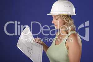 Bauarbeiterin 4