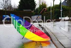 Regenwetter und Regenschirm