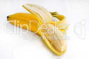 Banana in Schale