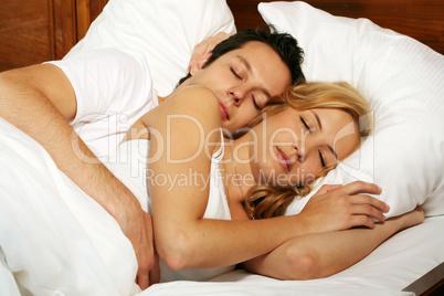 Paar im Bett 5