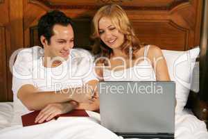 Paar im Schlafzimmer 5