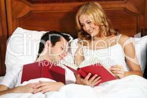 Paar im Schlafzimmer 10