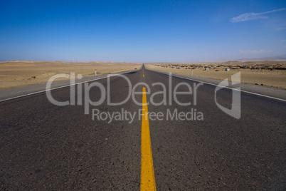 Straße in Wüste, Panamericana Peru