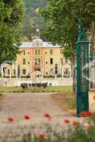 Zufahrt zu einem Chateau in der Provence
