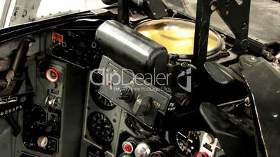 Cockpit der Mikojan-Gurewitsch MiG-23