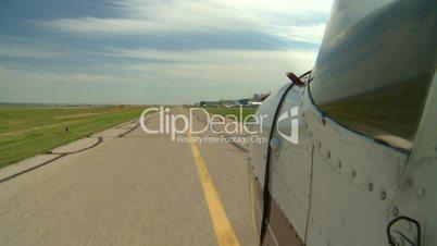 runway Cessna