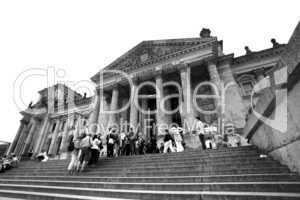 Reichstag Westportal, Besucherzugang