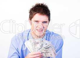 Mann mit Geldscheinen