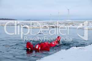 Eistauchen am Polarkreis
