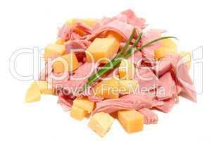 Schinkenstreifen und Käsewürfel