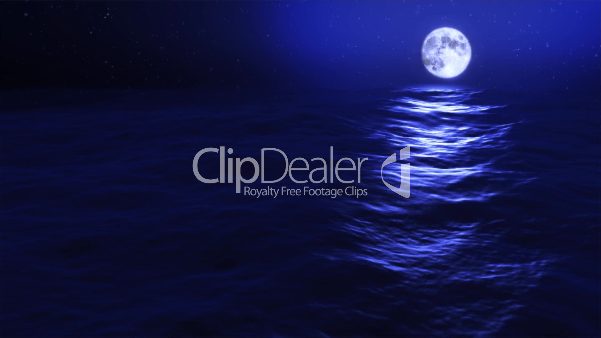 1031) Looping Full Evening Moon with Ocean Waves Swell HD