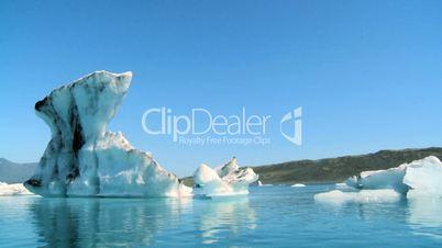 Eisberg und Eisschollen
