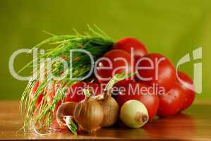 Zutaten für einen Tomatensalat