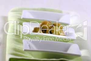 Grüne Oliven