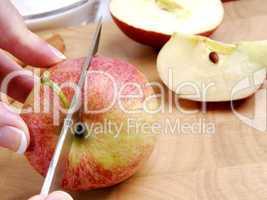 Apfel halbieren