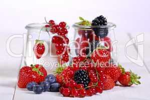 Rohe Früchte mit Gelierzucker