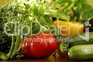 Fleischtomaten und Zucchini