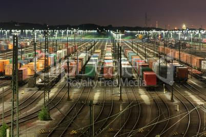 Rangierbahnhof Maschen bei Hamburg bei Nacht
