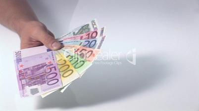Fächer aus Geldscheinen - Schwenk von rechts