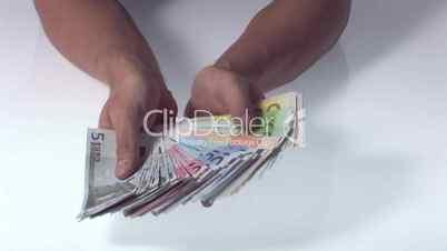 Geldscheine auffächern