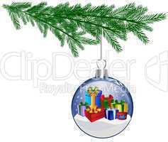 Weihnachtskugel mit Geschenken am Tannenzweig