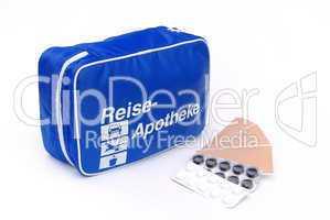 Reiseapotheke - first aid travel kit 03