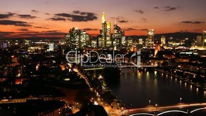 Zeitraffer Panorama mit ZoomIn Frankfurt am Main Time Lapse