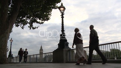 London: Abendstimmung an der Themse mit Blick auf den Big Ben (3)