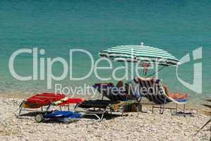 Sonnenschirm und Liegestuhl - sun umbrella and .beach chair 01