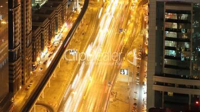 Zeitraffer,Strassenverkehr in Dubai bei Nacht