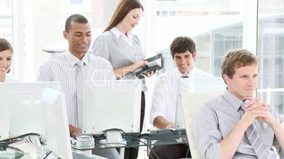 Menschen am PC