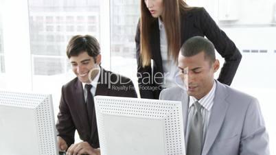 Bürroarbeit am PC