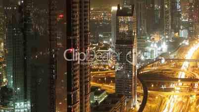 Zeitraffer,Verkehr in Dubai bei Nacht