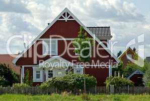Wohnhaus Einfamilienhaus im Grünen am Tag