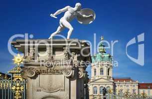 Schloss Charlottenburg in Berlin mit goldenen Sternen
