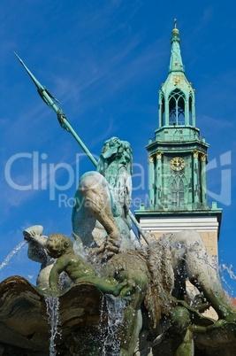 Neptunbrunnen in Berlin am Alexanderplatz