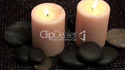 Zen Steine und Kerzen
