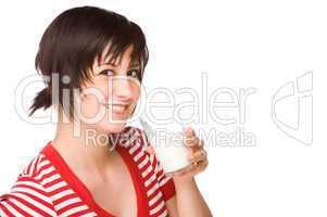 Frau mit einem Glas Milch