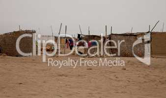 Dorf in Wüste, Peru