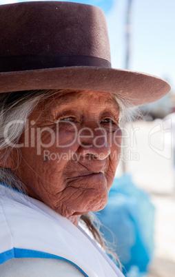 Bäuerin in den Anden von Peru