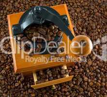 coffebeans and grinder